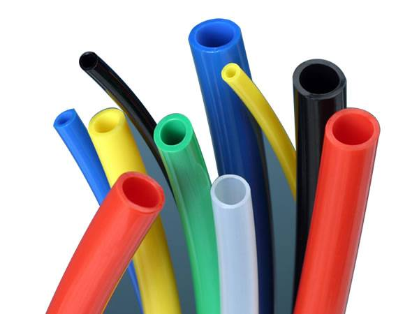 There are ten nylon air hose with different colors.